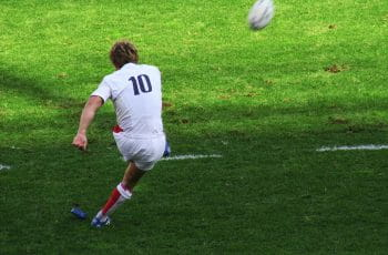 rugby kick picture